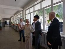 Արարատի մարզպետն այցելել է Արտաշատի թիվ 5 հիմնական դպրոց