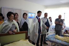 Մարզպետ Գարիկ Սարգսյանը տեսակցել է թունավորմամբ հիվանդանոց տեղափոխված երեխաներին